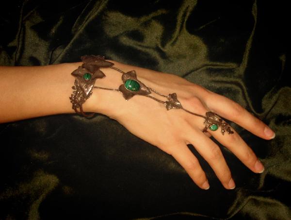 Bracelet-bague vert de bronze