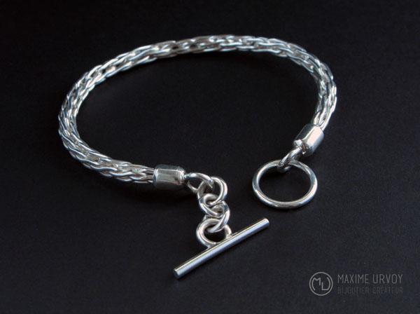 Bracelet tressé en argent par un bijoutier créateur